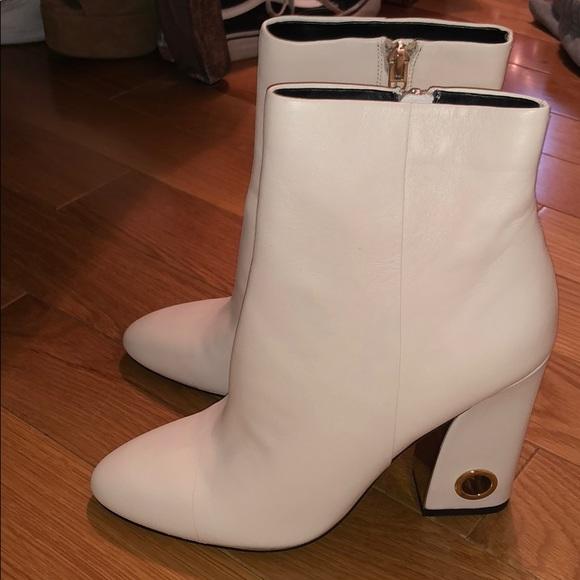 b060629744d6 Brand New LF Dolce Vita White Grommet Booties